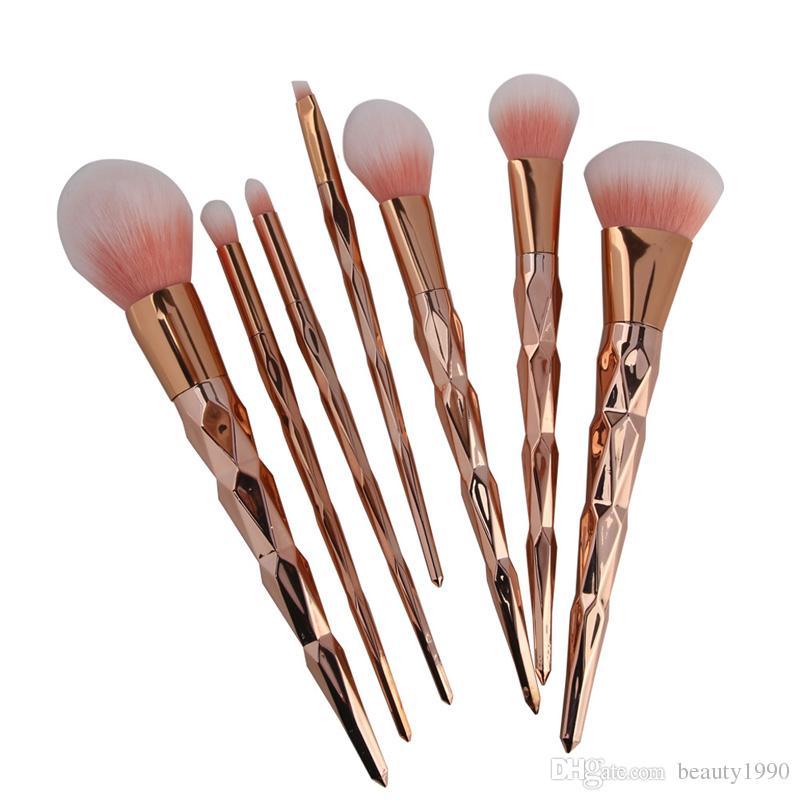 7 pçs / set Rose Gold Pincéis de Maquiagem Set Blush Em Pó Sobrancelha Sombra Contour Mistura Escova de Cabelo Macio de Plástico Lidar Com Ferramentas de Cosméticos