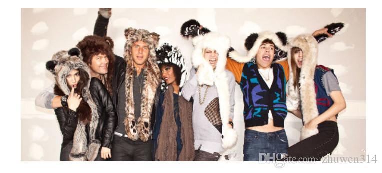 Toptan yeni gelmesi Faux Kürk şapka kış moda şapka + atkılar + eldiven peluş şapka karikatür hayvan şapka 12 tarzı