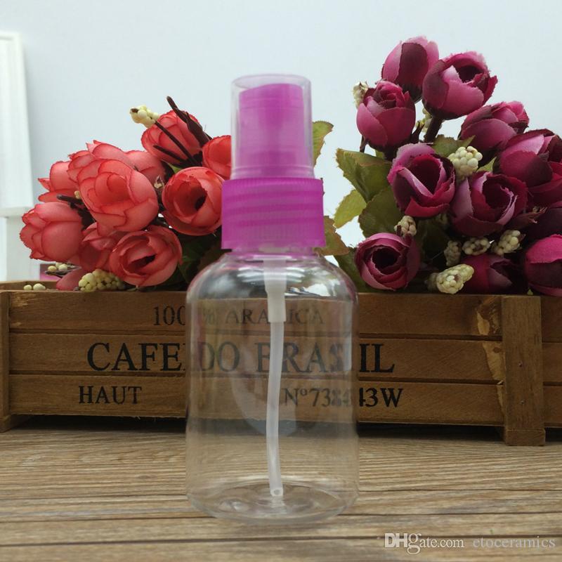 Effacer l'atomiseur en plastique transparent de parfum de voyage de bouteille de jet de 50ml