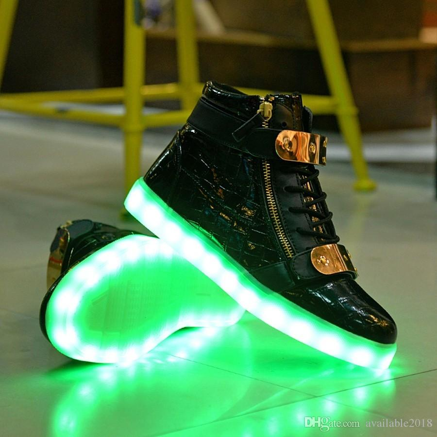 5b56674f8427c Acheter 2017 Mode Haut Haut Usb Charge Led Lumière Casual Chaussures ...
