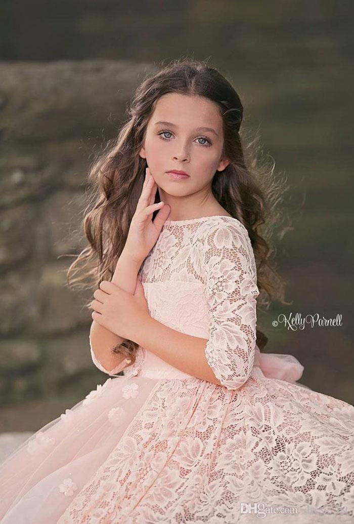 2019 Lovely Blush Pink Lace And Tulle Flower Girl Dress For Weding Cheap Jewel Neck A Line Half Sleeve Girls Birthday Dresses Gown