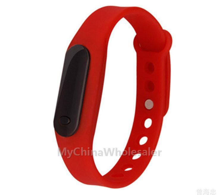 / 많은 도매 새로운 패션 스포츠 LED 팔찌 시계 캔디 젤리 남성 여성 실리콘 고무 LED 디지털 시계 팔찌 손목 시계