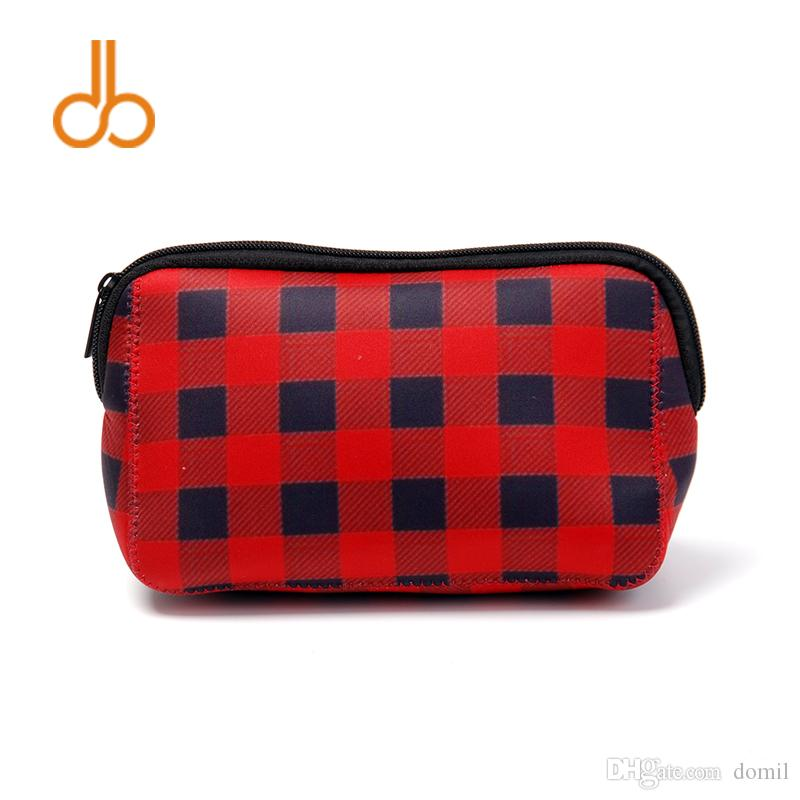 3ede8a954a4 2019 Triangle Christmas Check Cosmetic Case Neoprene Buffalo Plaid Makeup  Bag Women Accessories Hand Bag DOM106529 From Domil,  514.86   DHgate.Com