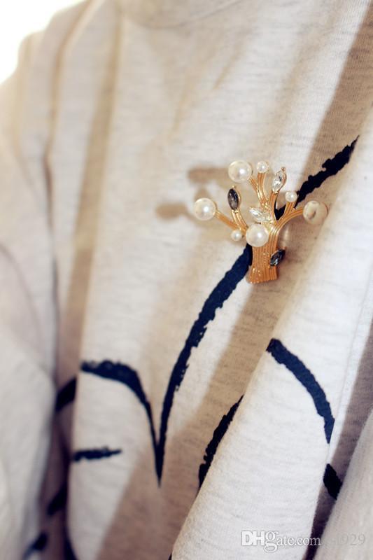 Avrupa Ve Amerika Birleşik Devletleri Moda Kişilik Güzel Tatlı Ince Broş Güney Kore Inci Taşlar Bitki Korsaj Pimi Kadın