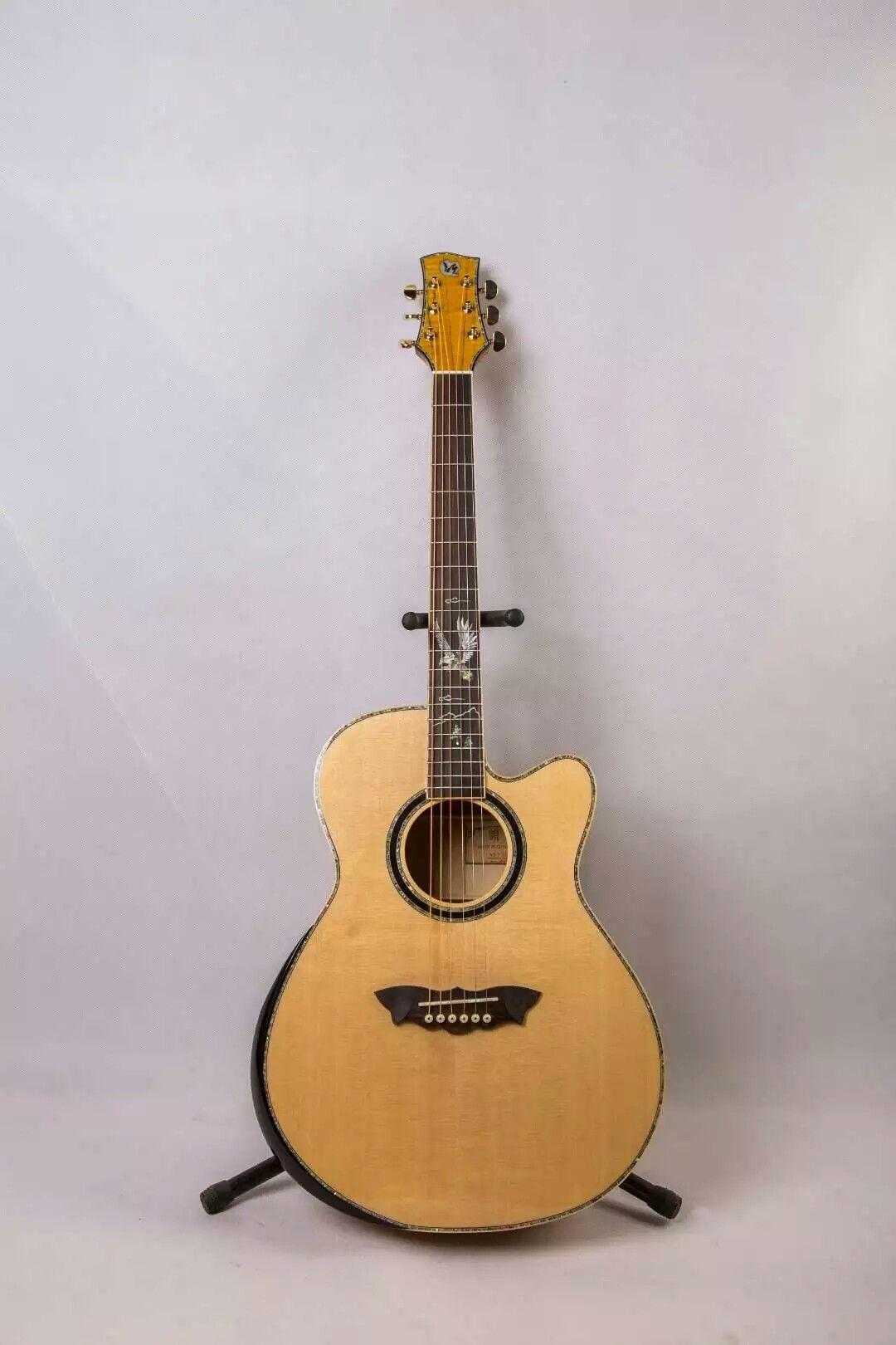 La chitarra fatta a mano di Rhyme 2 o più, pannello ovest tical cloud indumento senza fodera superiore in legno di rosa. Progettazione di etichette OEM società.