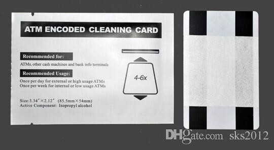 بطاقة الصراف الآلي المغناطيسي تنظيف مع الشريط المغناطيسي في مربع