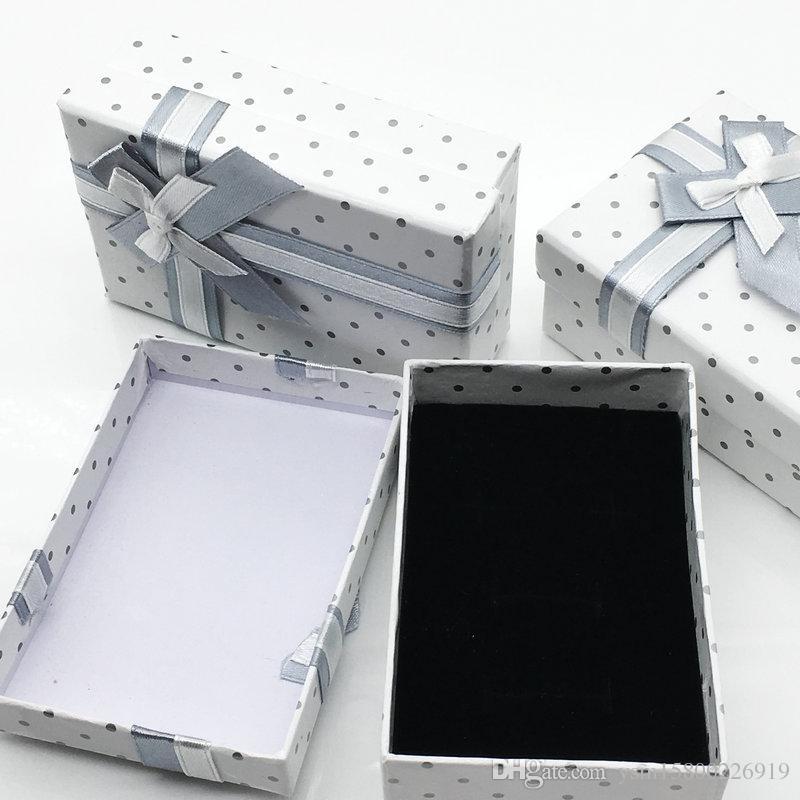 24 قطع في 2017 الجديد المستطيل نقطة المجوهرات دعوى مربع أبيض قلادة قلادة أقراط الطوق المجوهرات هدية مربع
