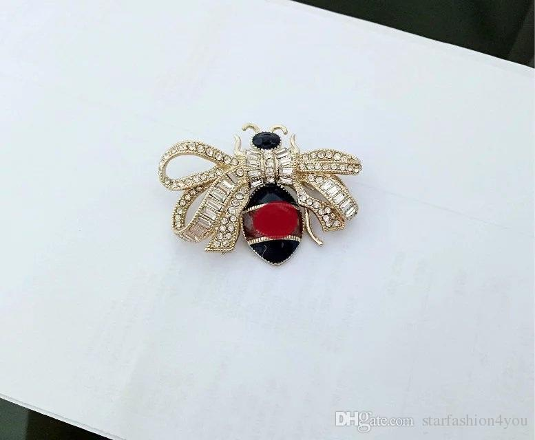 2017 Newest women's ladies females brand stamped punk crystal bowknot bee brooches pins with box