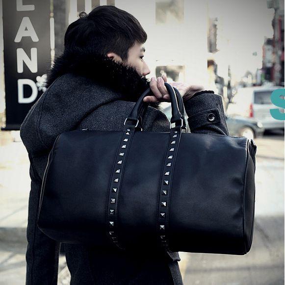 a9284c608d Famous Classic Designer High Quality Men Travel Bags Fashion Shoulder  Duffel Gym Bag Carry On Luggage Women Keepall Holdall Handbag Mens Shoulder  Bags ...