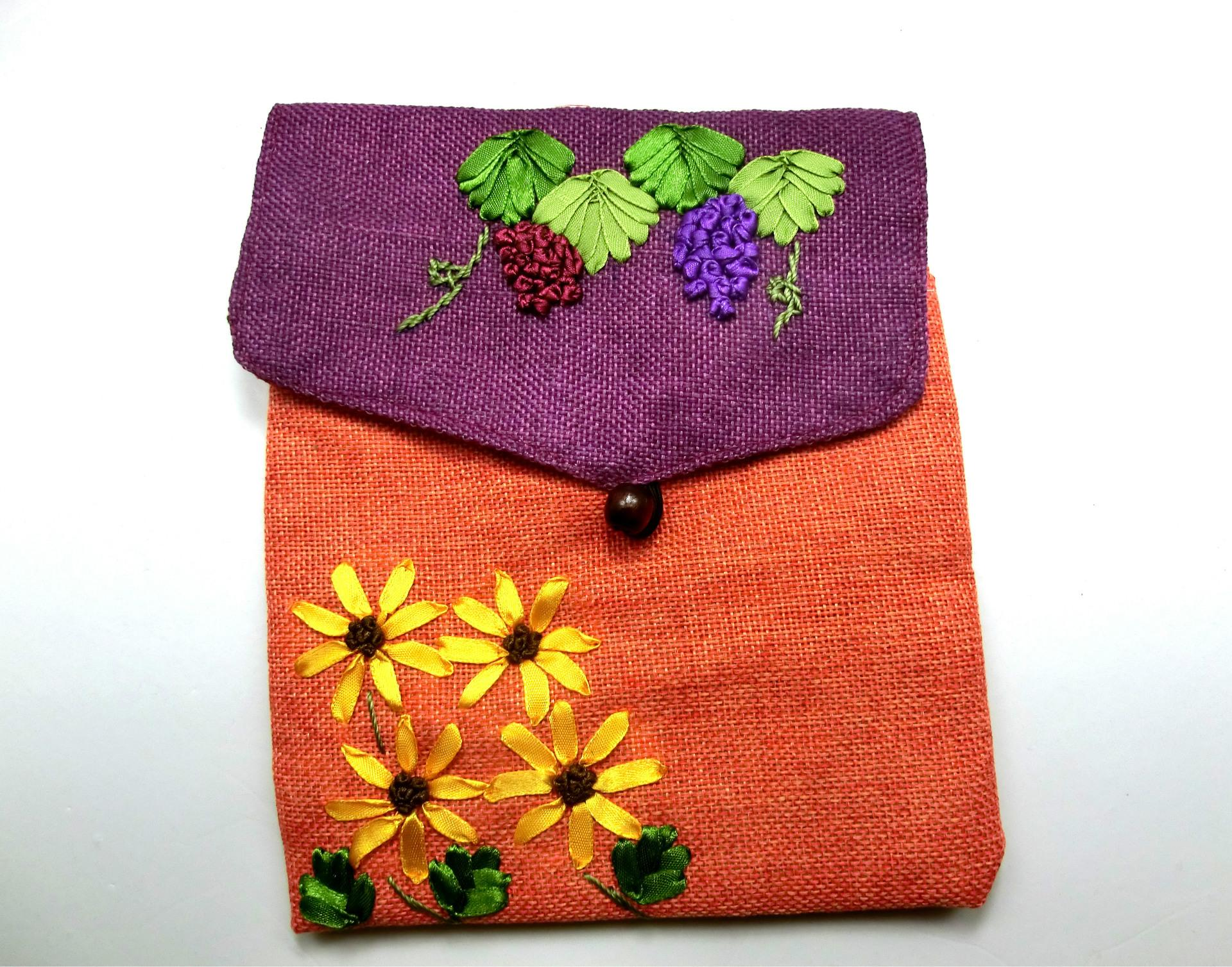 2017 popular Wholesale Chinese style Flax Embroidery female bag Single-sided embroidered messenger hand-made Linen bag
