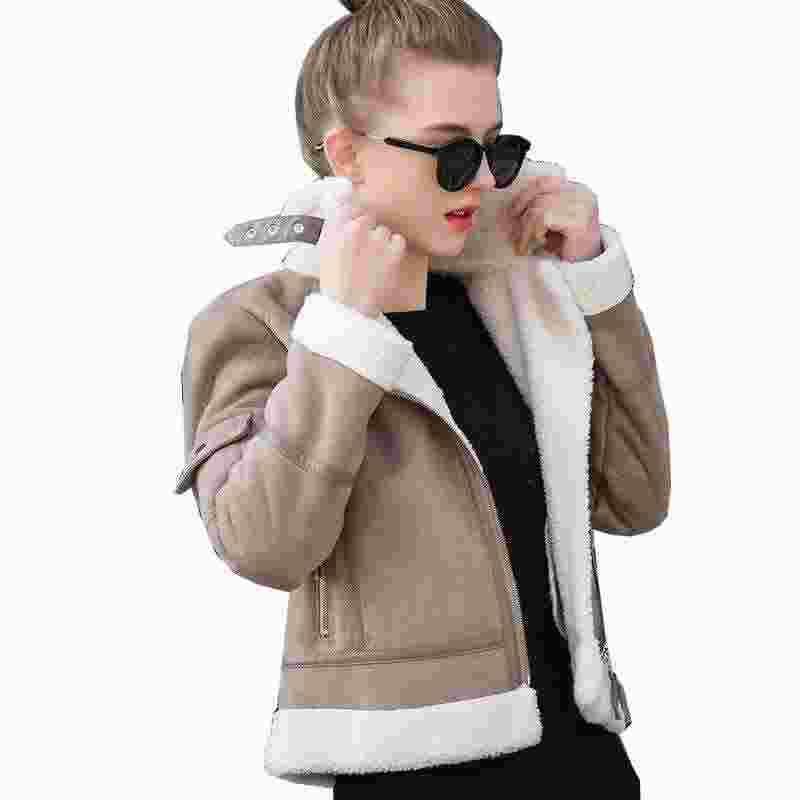 Acquista 2017 Cappotti Di Montone Di Montone Shearling Donna Spessa  Camoscio Giacche Donna Autunno Inverno Cappotti Di Lana Cappotti Di Lana  Breve UV3001 A ... a6e5d25462a