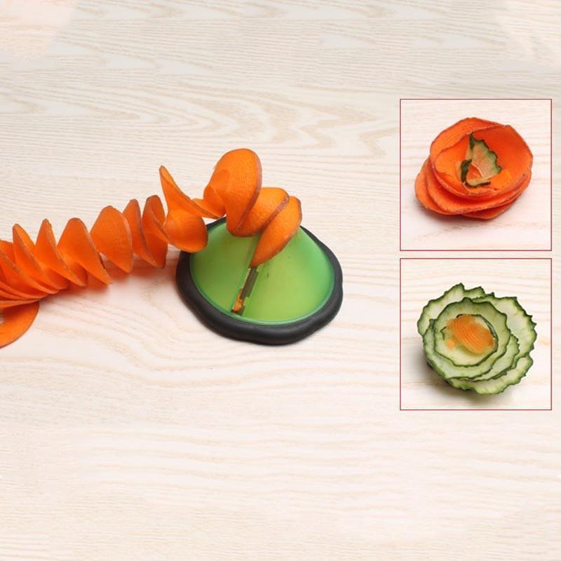 Creativo Spirale Affettatrice di verdure Utensili da cucina Accessori da cucina / Utensili intaglio di verdure e frutta Gadget da cucina Rotolo di fiori