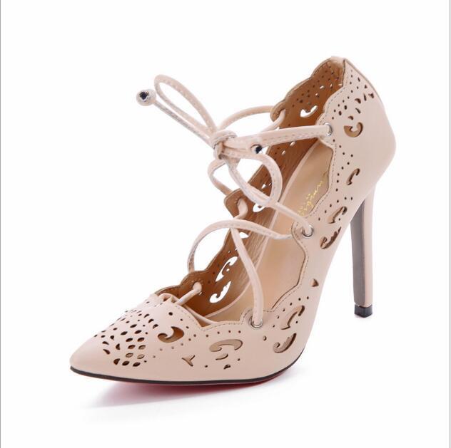SATıŞA Rihanna Lace Up Kadın Pompaları Seksi Lazer Kesim Çıkışları Yüksek Topuklar Kadın Düğün Ayakkabı Stiletto Sivri Burun Artı Boyutu 35-43