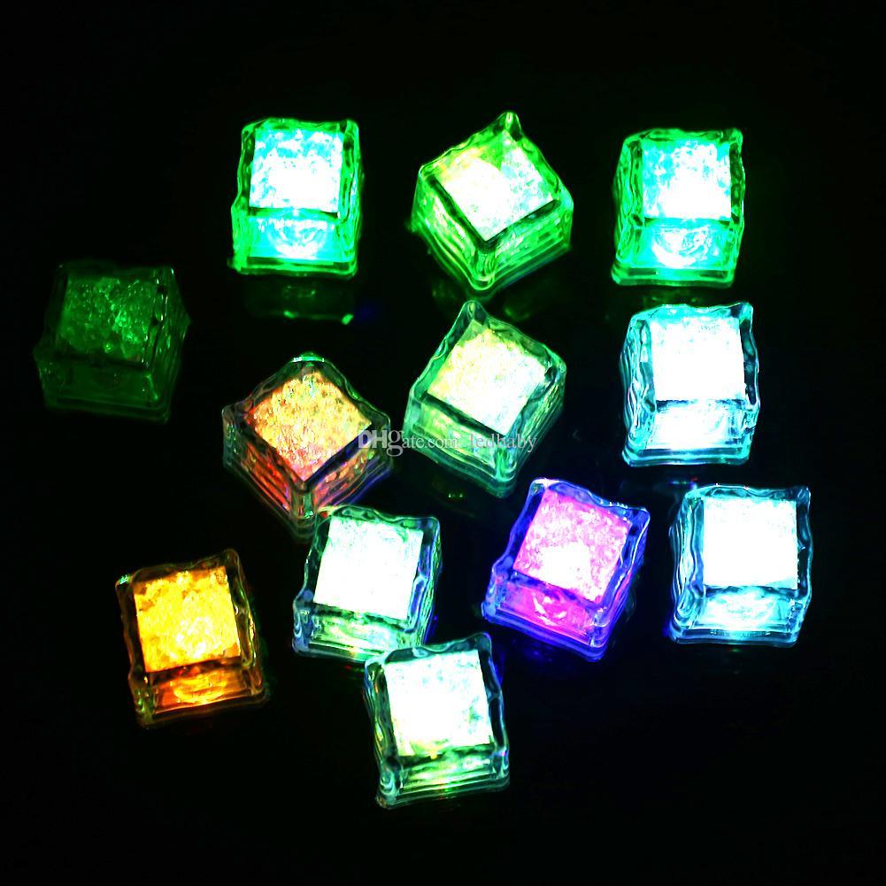 Çok LED Renk Değiştirme Flaş Işığı Buz Kristal Küp Parti Düğün Olay Barlar için Chirstmas Çok Renkli ücretsiz kargo