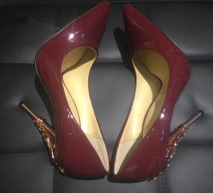 النساء الصلبة عدن كعب مضخة سوبر مثير النساء أحذية الزفاف المزخرفة الصغر ورقة أشار تو أحذية هوت كوتور
