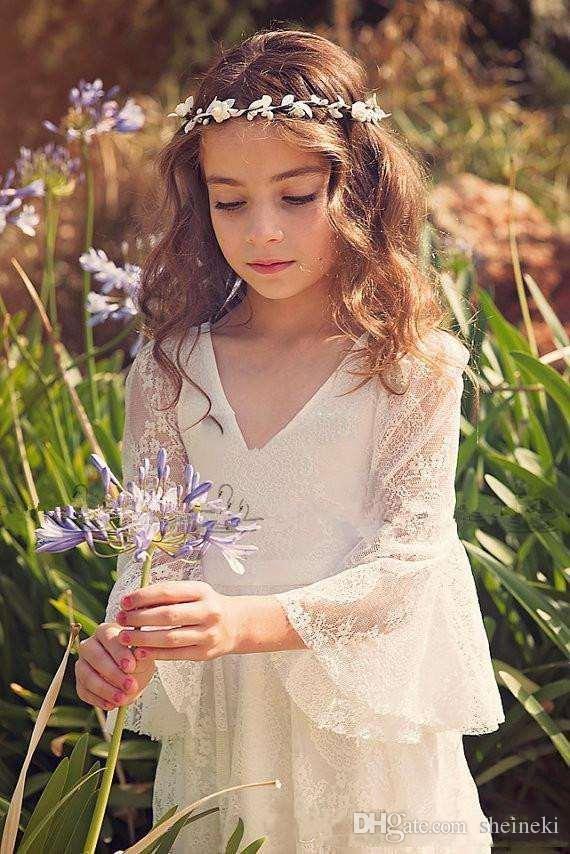 2017 Nuova Boemia V Neck Applique in pizzo Flower Girl 'Abiti maniche lunghe Piano Lunghezza Little Girls' abiti da festa di nozze Bow Sash