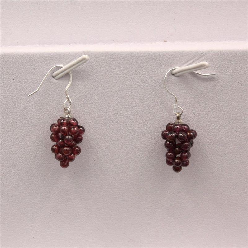 Orecchini ametista Viola Cluster Gemstone Orecchini granati fatti a mano Piuttosto Healing Crystal Natural Stone Yoga Minimal Jewelry Energia positiva