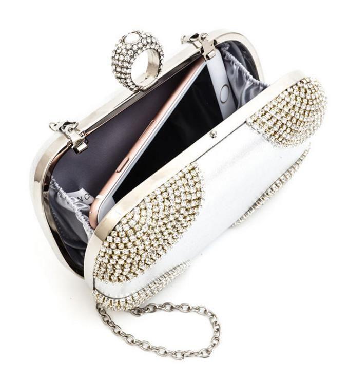 أزياء جميلة 2017 حلقة حجر الراين المرأة حقيبة مخلب أكياس أسود / الذهب / الفضة مستحضرات حالة محفظة حقيبة صغيرة لل زفاف / حزب / العشاء