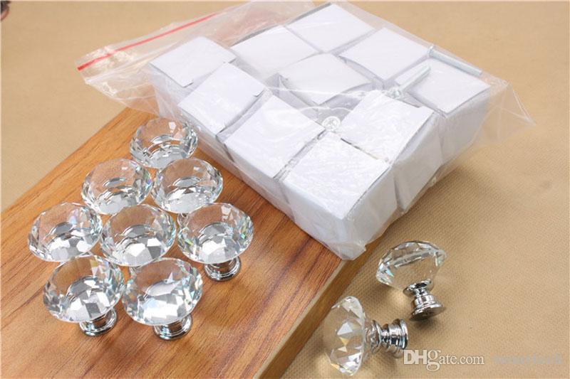 Mode K9 verre cristal de diamant Poignées de meubles Hardware tiroirs Armoire Armoires de cuisine de portes d'armoires tirettes en gros ZA4909