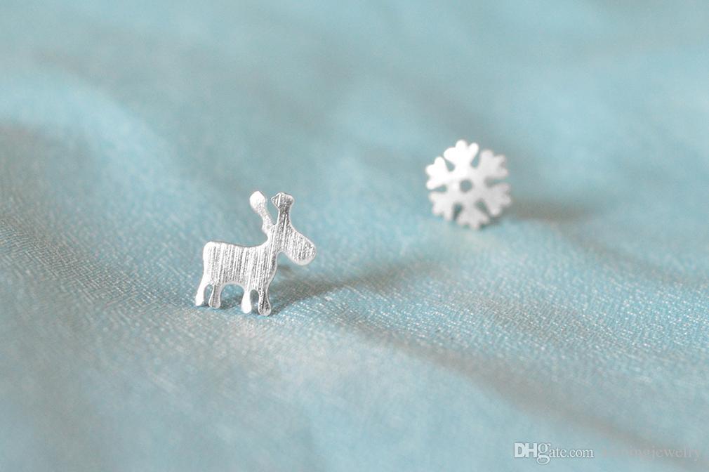 5 pares / lote 925 Sterling Silver Stud Brincos para As Mulheres Presente de Natal Snowflake Deer Sterling-prata-jóias Pendientes Mujer Moda