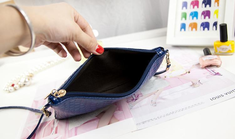 Women Clutch Bags Vintage PU Leather Crocodile Pattern Envelope Shoulder Ladies Small Messenger Handbag Purse Cross Body Bags Female Gift