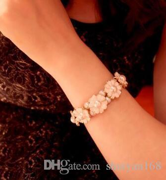 Daisy Pearl Petal Elastic Bracelet Aesthetic Flower Bracelet DHL Stretch Rings Female Link Bangle Jewelry Accessories Christmas Gift