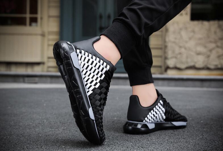 Erkekler El Dokuma Ayakkabı Düz Ayakkabı Moda Flats 2017 Loafer'lar Üzerinde Rahat Loafer'lar Kayma Nefes Hava Yastığı Tabanı Rahat Ayakkabılar