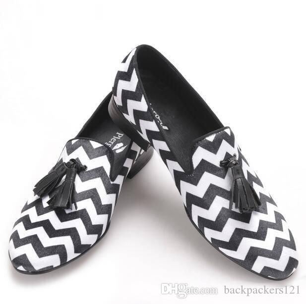 088a7f8381 Blending plaid patterns with black leather tassel men's velvet shoe party  and married men's leisure shoes