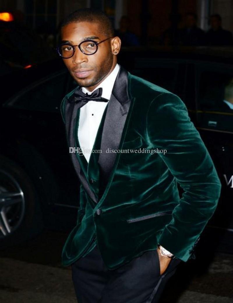 Moda Un botón Verde Velvet Groom Tuxedos Peak Lapel Groomsmen Best Man Mens Bodas Trajes de baile chaqueta + pantalón + chaleco + corbata NO: 3360