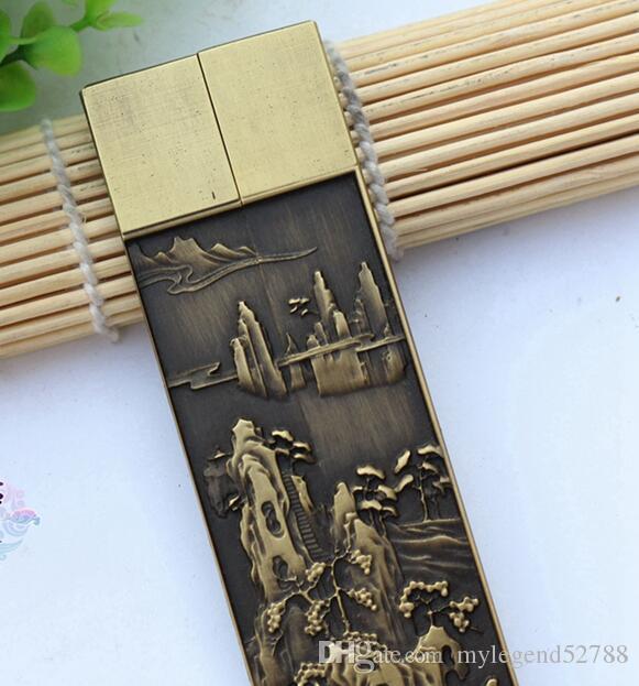 Oferta especial de habitaciones en pies puros de latón antiguo Pisapapeles en relieve sobre el precio de la ciudad de papel