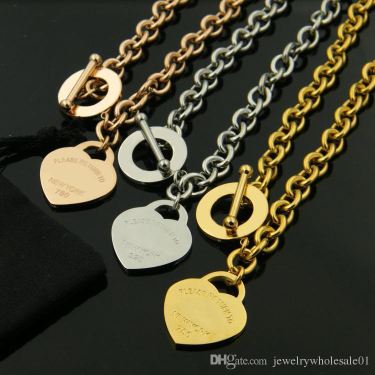 El oot anillo en forma de corazón hebilla gruesa collar de acero agujero titanio rosa collar de oro de acero joyería de titanio de la moda comercio al por mayor