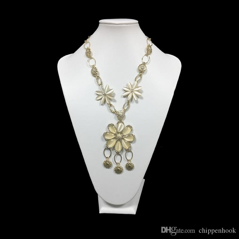 jewelry display cases wholes stands bust necklace holder white leatherette wooden jewelry large from chippenhook 605 dhgatecom