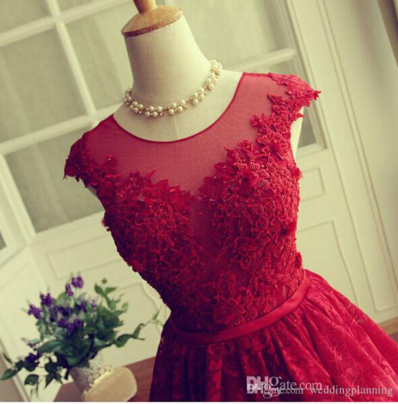 2017 Modest Red Lace Cocktail Dresses Jewel Sheer Neckline Cap Sleeves Short Party Dresses Evening Wear Back Open Hollow Homecoming Dress
