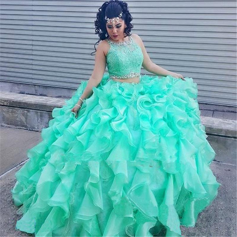 2019 Robes de Quinceanera Dentelle Menthe 2 Pièce Robe de Bal Princesse Puffy Ruffle Mascarade Doux 16 Robes De Bal Filles Robe de 15 ans
