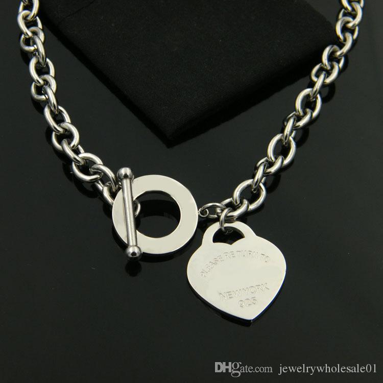 O anel oot em forma de coração fivela colar grosso de aço do buraco de titânio aumentou colar de ouro comércio por grosso jóias em aço de titânio forma de