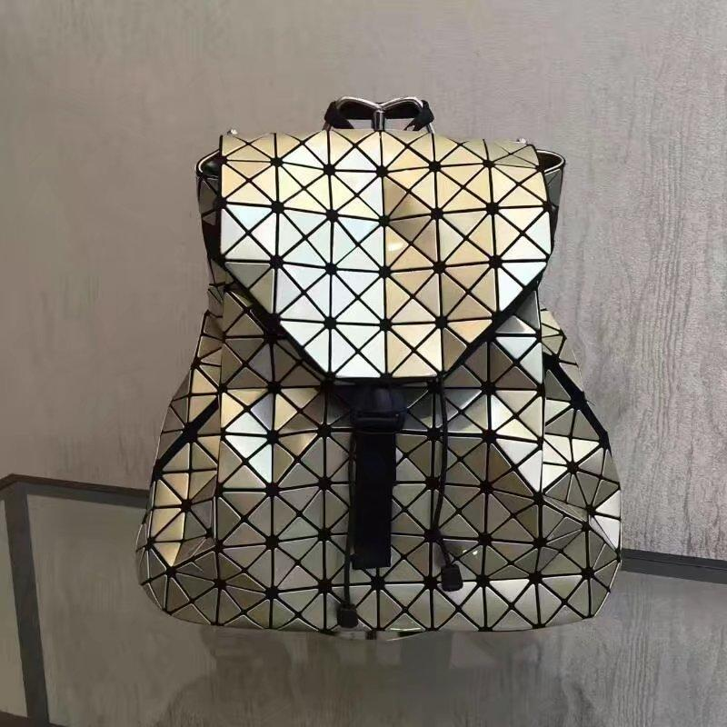 Young Girls fashion backpacks Acrylic Pearl material super flexible Checks double belts backpack or school bags very hot sale