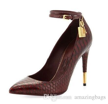 Gold Lock Pointy Stiletto Sexy Mode Talons Hauts Designer Chaussures Femmes De Luxe Mince Talon Chaussures Multi-Couleurs Pompe Femmes Chaussures