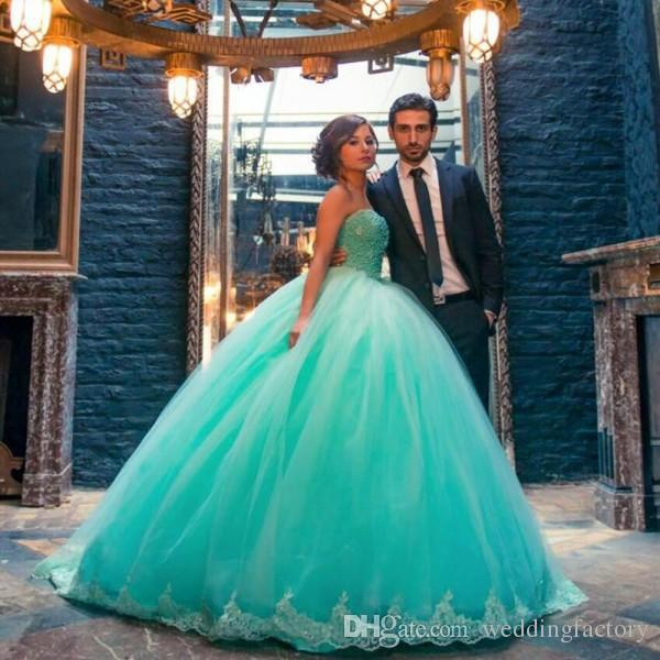 Colorful Turquoise Ball Gown Wedding Dress Sweetheart Sleeveless Beaded Lace Appliques Puffy Tulle Custom Made Bridal Gowns