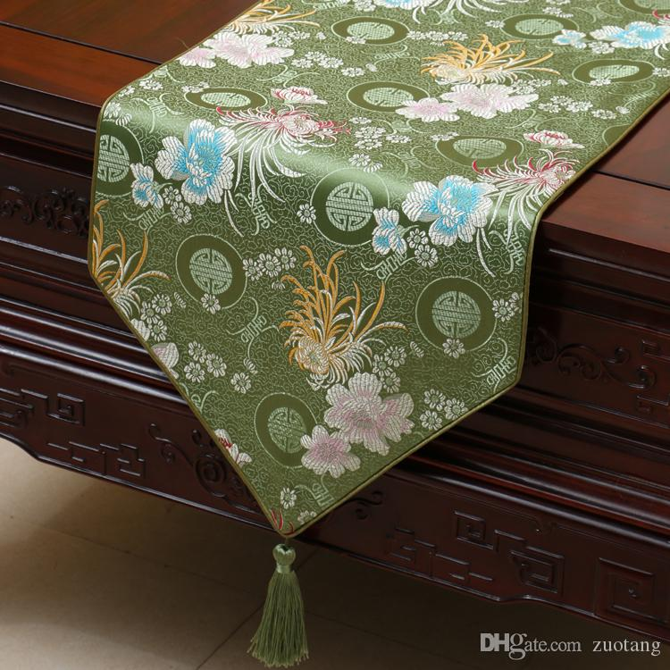 Extra Long 120 inch Chrysanthemum Table Runner Fashion Luxury Dining Room Table Cloth High End Decor Table Protection Pads Placemat 300x33cm
