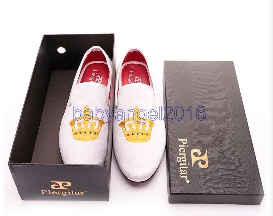 Gestickte Gold Crown Entwurf Herrenschuhe Samt Schuhe Mode Herren Smoking Slippers männliche Hochzeit und Partei Faulenzer Freies Verschiffen