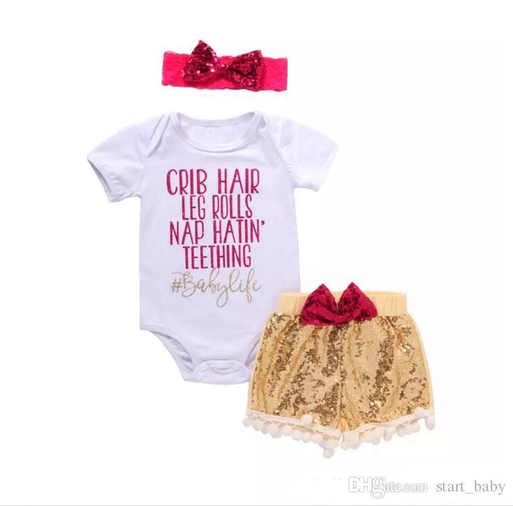 Baby girl INS letras mamelucos traje 7 Estilo niños manga corta triángulo mamelucos + paillette shorts + bowknot Hair band establece la ropa