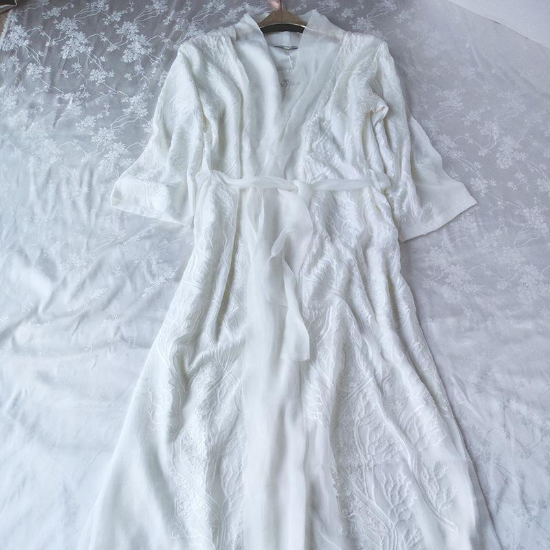 2019 Wholesale 2017 New Summer Women S White Long Robe Sleepwear Royal  Embroidered Nightgown Princess Thin Nightshirt From Baimu 9c3434526