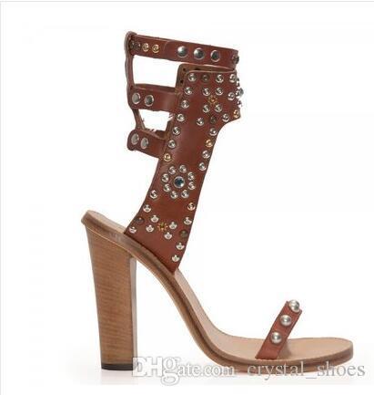 Modas de Strass Rebites Sandálias Gladiador Moda Punk Chunky Sandálias de Salto Alto Mulher Europeu Sapatos Casuais Flats