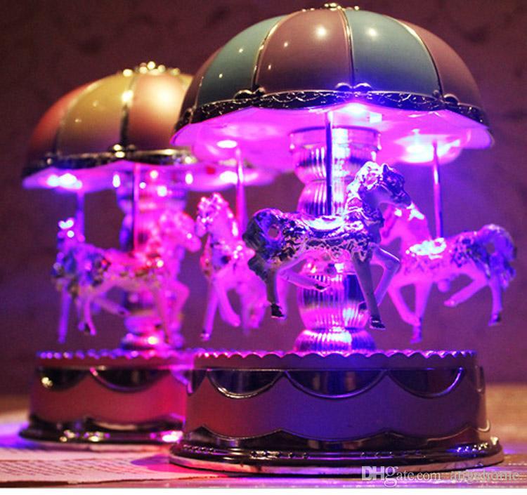 Carillon di carillon romanzesco creativo Carillon di giostra Carillon con luce Bambini Bambini Ragazze Regalo di compleanno di Natale Toy