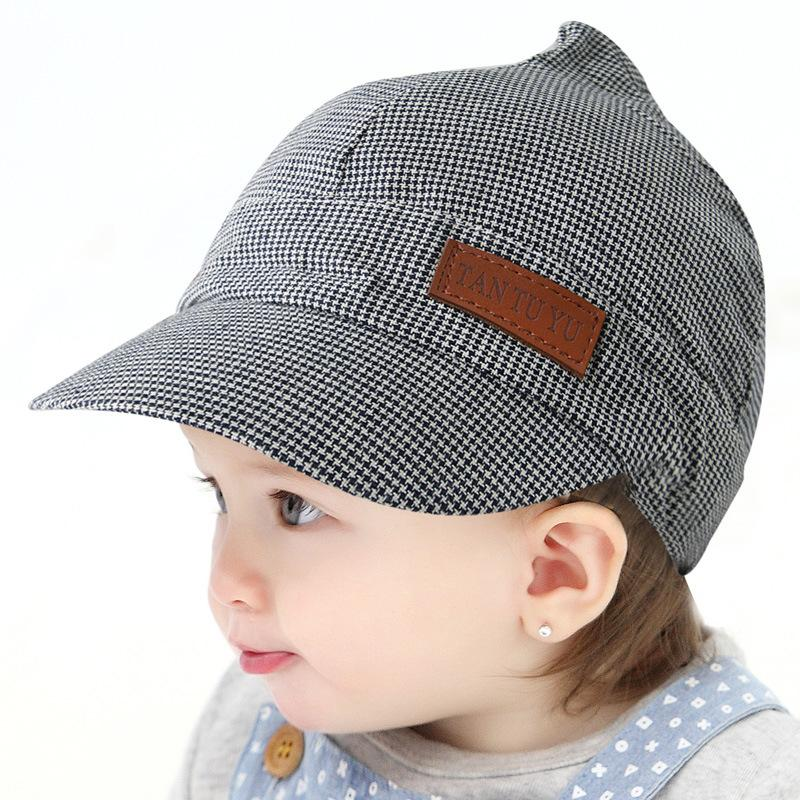 7e539be6709 2019 Summer Cotton Baby Hats Cute Casual Striped Soft Eaves Baseball Cap  Baby Boy Beret Baby Girls Sun Hat From Wzx1999