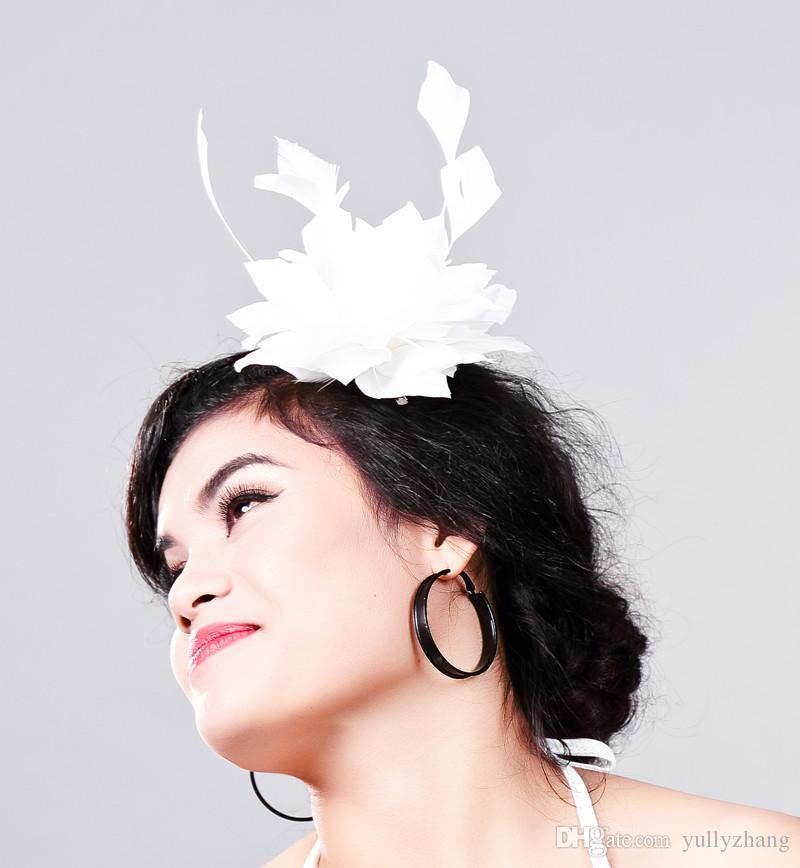 Frete grátis Mulheres Fantasia Feather Fascinator Chapéus de casamento Branco Chapéus e Fascinators pena Acessórios Para o Cabelo de Noiva MulherMD16031