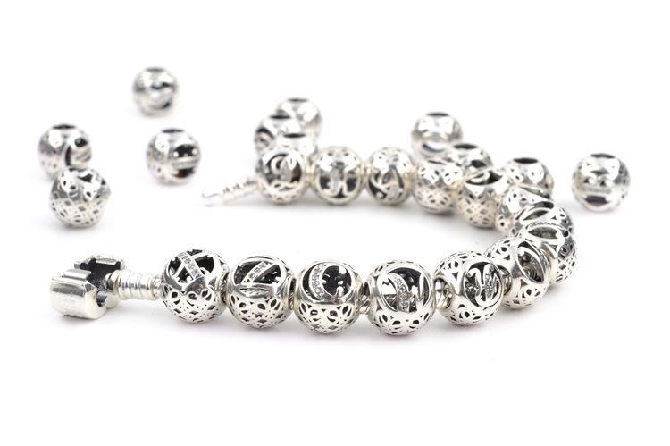 Auténtica Plata de Ley 925 26 Letras de perlas de cristal de Gran Agujero Suelto perlas del alfabeto encantos para pulseras joyería que hace arte suministros