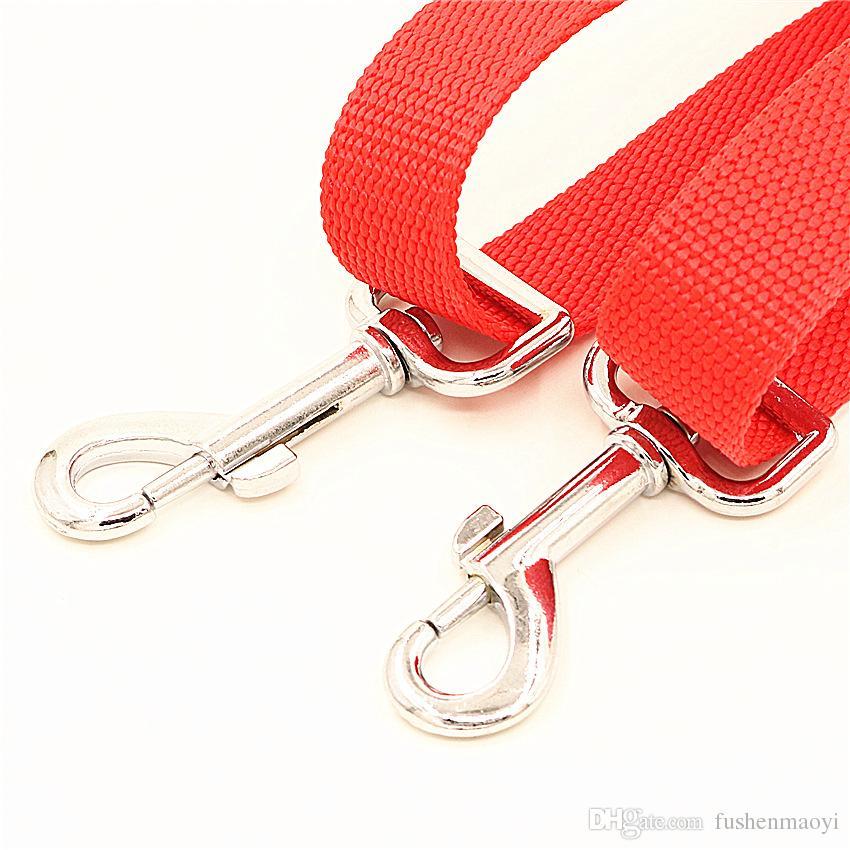 Alto quanlity suministros para mascotas perro gato Correas ajustables Sharer dos correa compartido un anillo un anillo de arrastre dos cables envío gratuito al por mayor