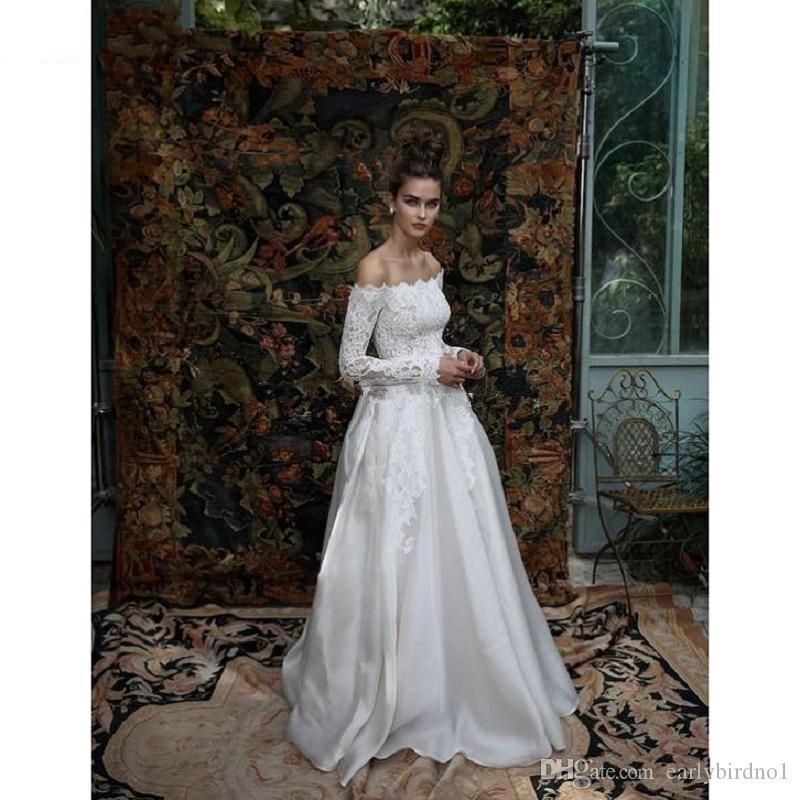 2017 nuevo elegante fuera del hombro una línea de vestidos de novia baratos de manga larga vestidos de novia apliques de encaje satinado vestidos de boda de la vendimia