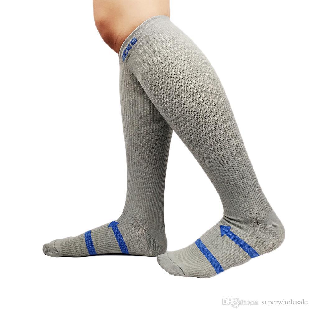 De haute qualité Muscle Randonnée Chaussettes Compression Chaussettes Bas Casual pour Extérieur Mode Standard Exportation Hommes Femmes Solide Long Chaussettes
